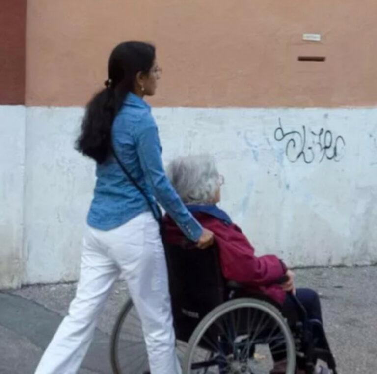 Badante con anziana
