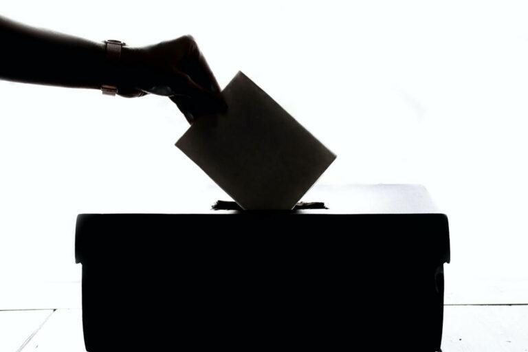 Urna di votazione