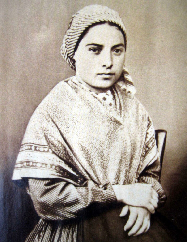 Bernadette Soubirous in una fotografia del 1858